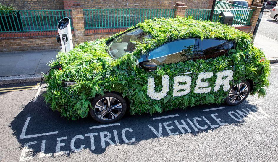 Uber annonce une taxe pour aider les chauffeurs à changer de véhicule.
