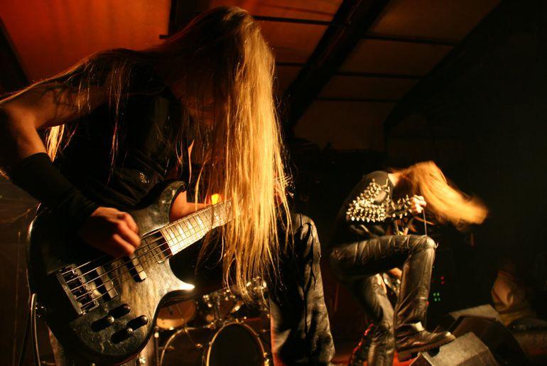La death metal revient sous une nouvelle forme grâce à l'intelligence artificielle.