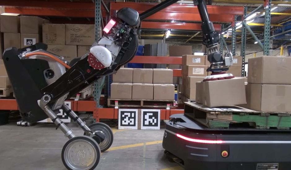 Handle et le robot d'OTTO Motors.