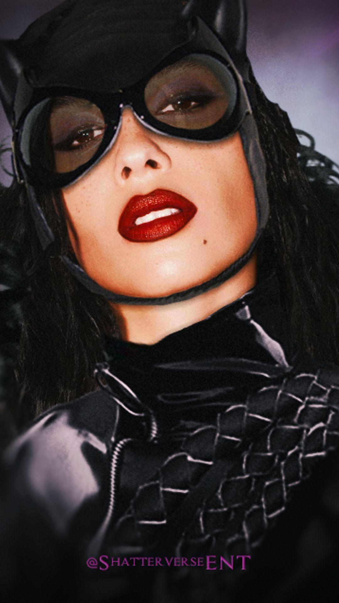 zoë kravitz dans le costume de catwoman pour le film the batman