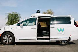 Waymo lancerait le premier service de voitures autonome payant le mois prochain