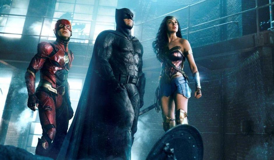 Flash, Batman et Wonder Woman dans Justice League