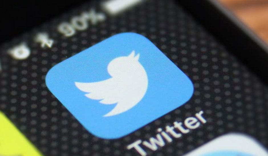 Tweeter va améliorer son dark mode.