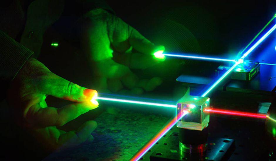 Thales créé le laser le plus puissant du monde.