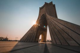 La Tour Azadi à Téhéran