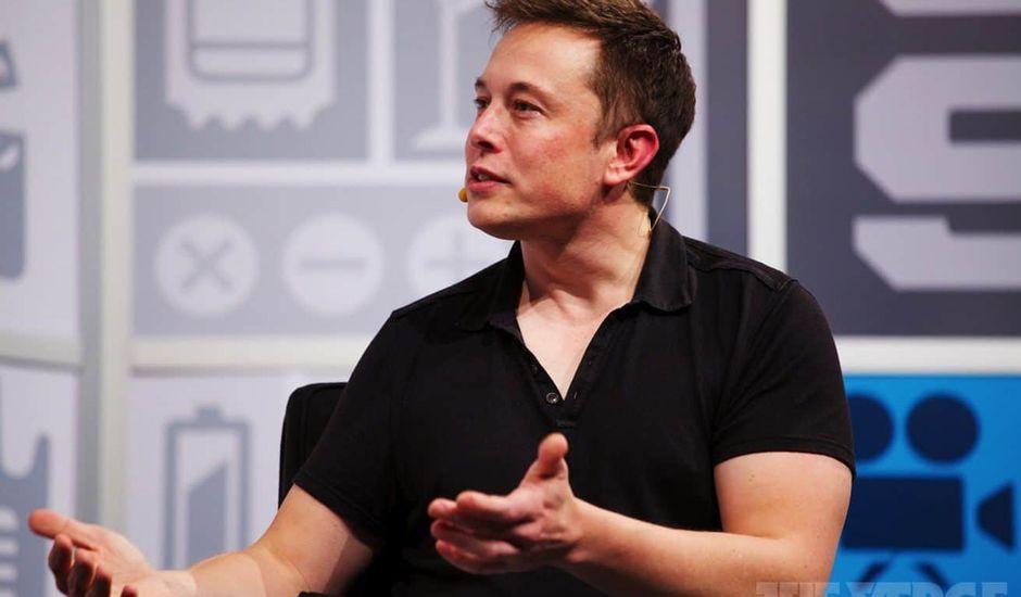 Elon Musk Porto Rico association