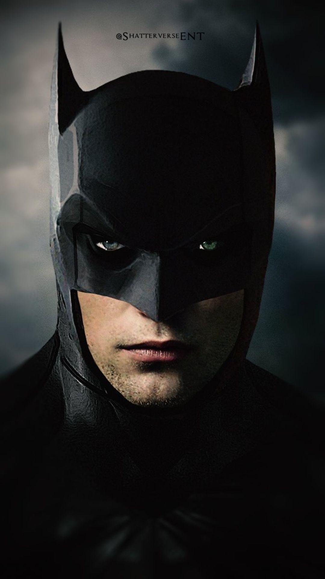 the batman aperçu de robert pattinson dans le costume