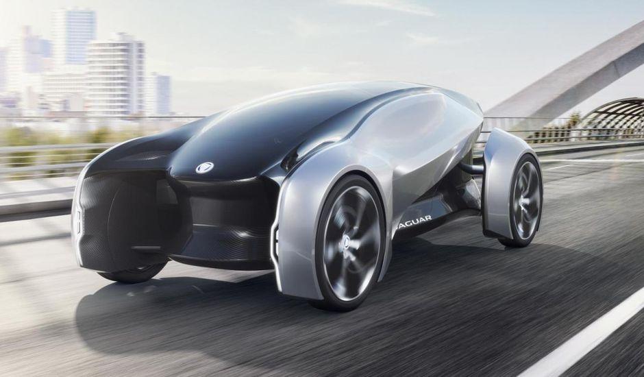 Aperçu d'un véhicule Jaguar futuriste.