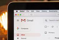 Un ordinateur avec l'interface Gmail affichée.