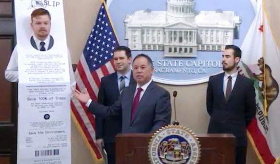 Un projet de loi pourrait interdire les tickets de caisse en papier.