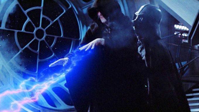 Comment Palpatine pourrait revenir dans Star Wars : L'Ascension de Skywalker ?