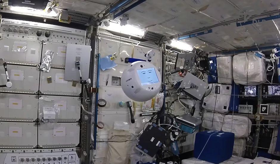 ISS-IA