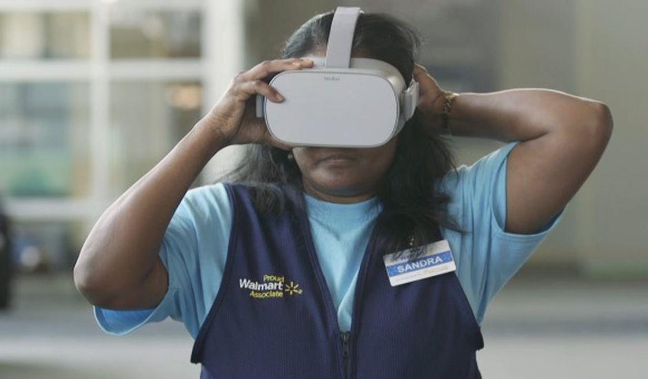 Walmart achète 17 000 Oculus Go pour former ses employés avec la réalité virtuelle.