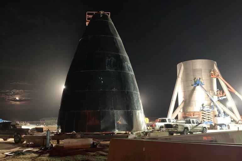 Le prototype en acier inoxydable brillant du Starship de SpaceX