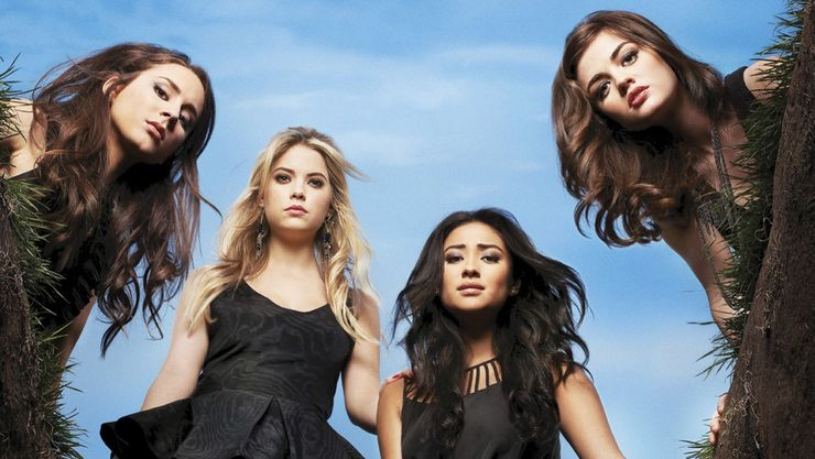 Spencer, Hannah, Emily et Aria dans Pretty Little Liars