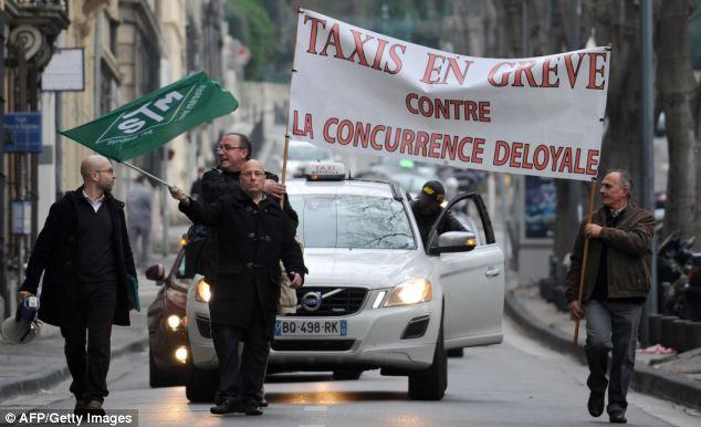 Les sociétés de taxis en grève contre UberPop, le service de chauffeur particulier