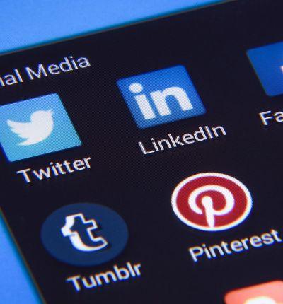 bientôt une taxe de connexion aux réseaux sociaux
