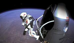 Red Bull Stratos et le saut de Felix Baumgartner.