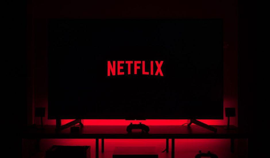 Netflix lancé sur une télévision