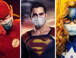 Flash, Superman, Stargirl portant chacun un masque
