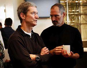 Tim Cook et Steve Jobs