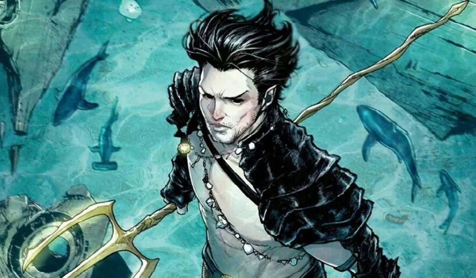 Namor tenant son trident