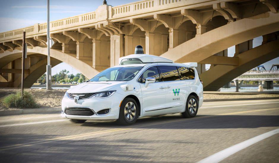 véhicule autonome Waymo