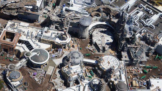 Le zone Star Wars dans le parc Disneyland de Floride
