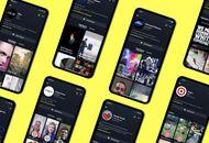 """Plusieurs smartphones présentant les """"Brand Profils"""" de Snapchat"""