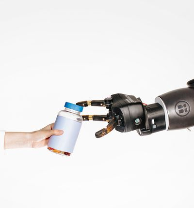 Robot qui explique ce qu'il fait