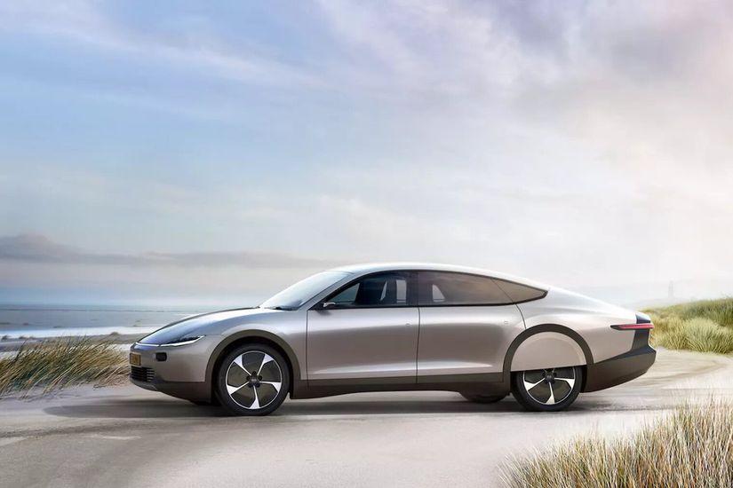 Lightyear One la voiture électrique qui se recharge à l'énergie solaire