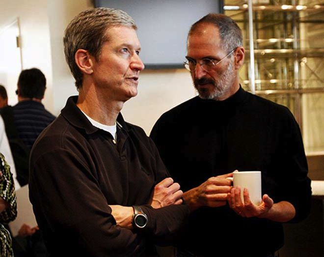 Tim Cook et Steve Jobs