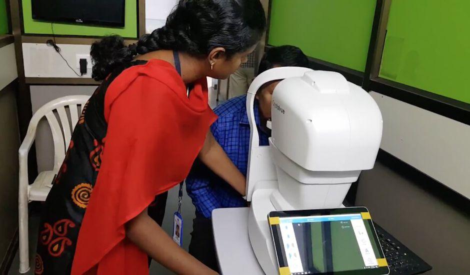 Google en partenariat avec un hôpital indien pour développer un IA capable de détecter des maladies oculaires