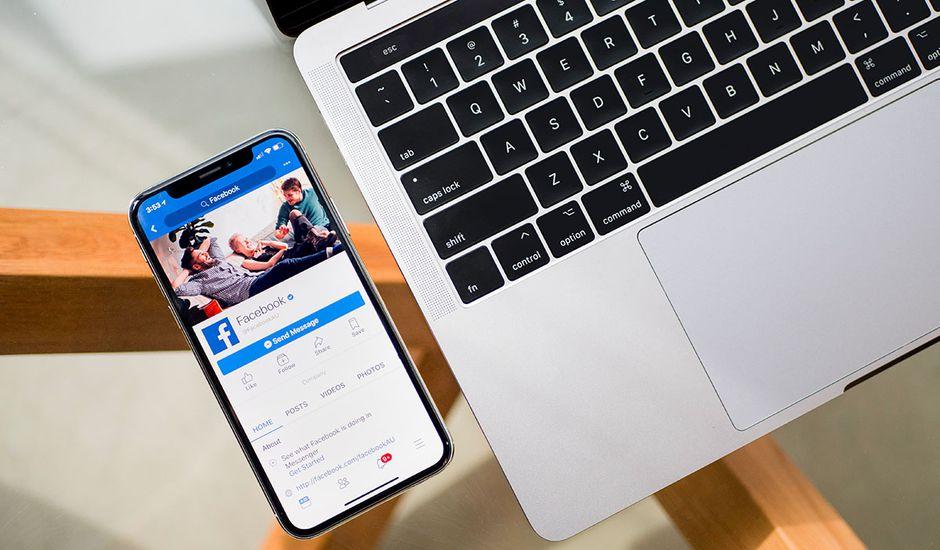 Plusieurs internautes ont remarqué que leur caméra s'activait lorsqu'ils utilisaient l'application Facebook.