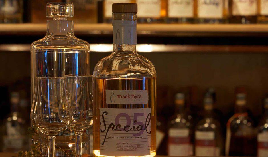 Le premier whisky créé par IA