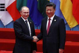 Poutine profite de la situation aux États-Unis pour se rapprocher de Xi Jinping.