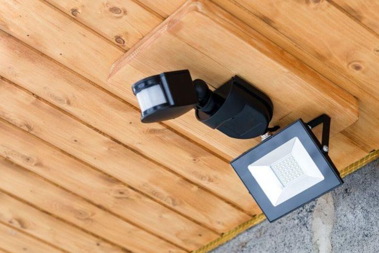 détection de mouvement et éclairage LED