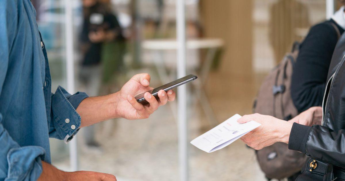 Le Brésil va lancer PIX, son système de paiement instantané national
