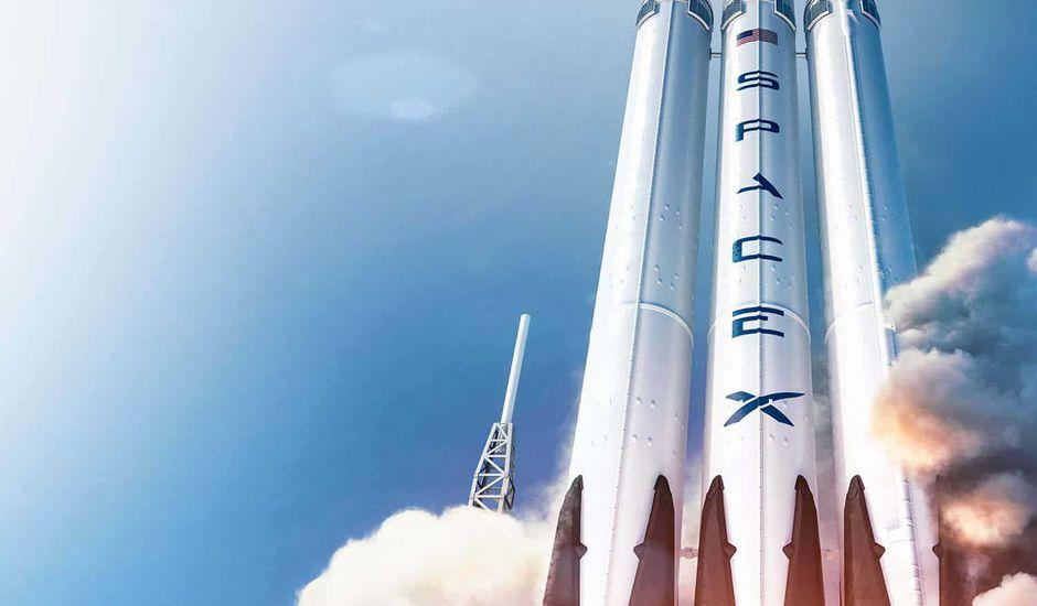 SpaceX a perdu le réacteur central de la fusée Falcon Heavy lors de la mission STP-2 mardi 25/06.