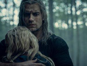Ciri dans les bras de Geralt de Riv
