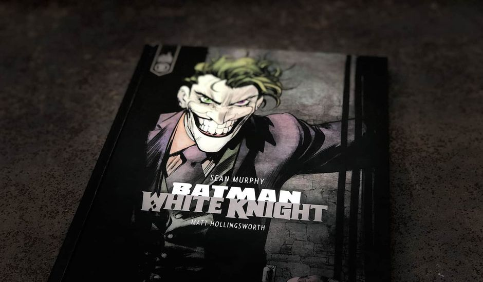 critique batman white knight comics