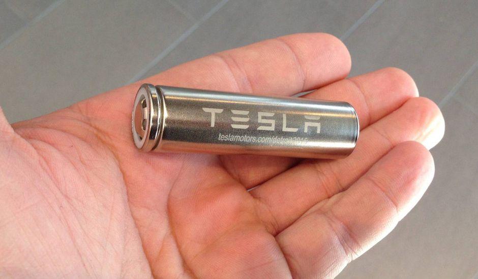 Tesla dépose un brevet pour de batteries Li-ion.