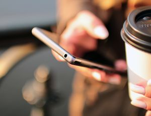coffee retail smartphone technology