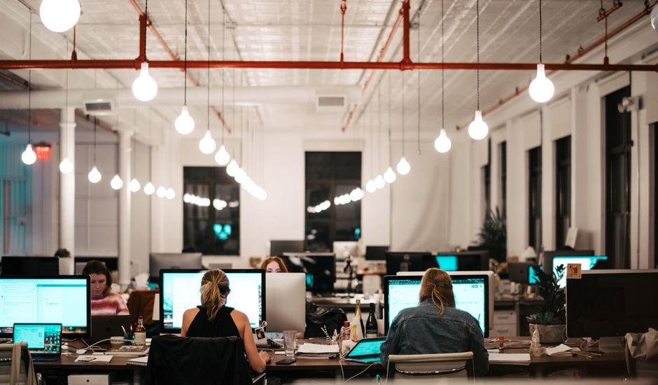 Si vous devez réduire vos effectifs, inspirez-vous des entreprises digitales et adoptez une organisation market-centric