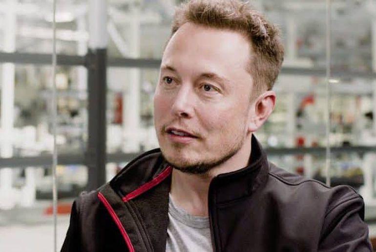 Elon Musk annonce la rentabilité prochaine de son entreprise.