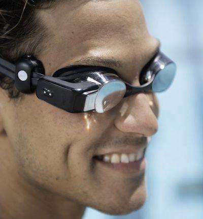 Des lunettes de natation affichent votre fréquence cardiaque en temps réel.