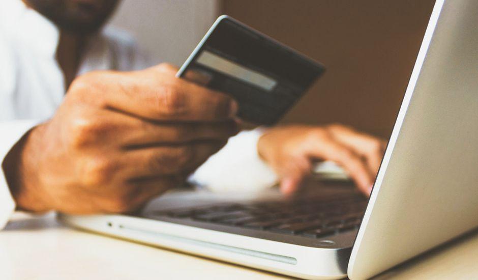 FR - Black Friday 2020: Ventes en ligne records aux États-Unis - Économie
