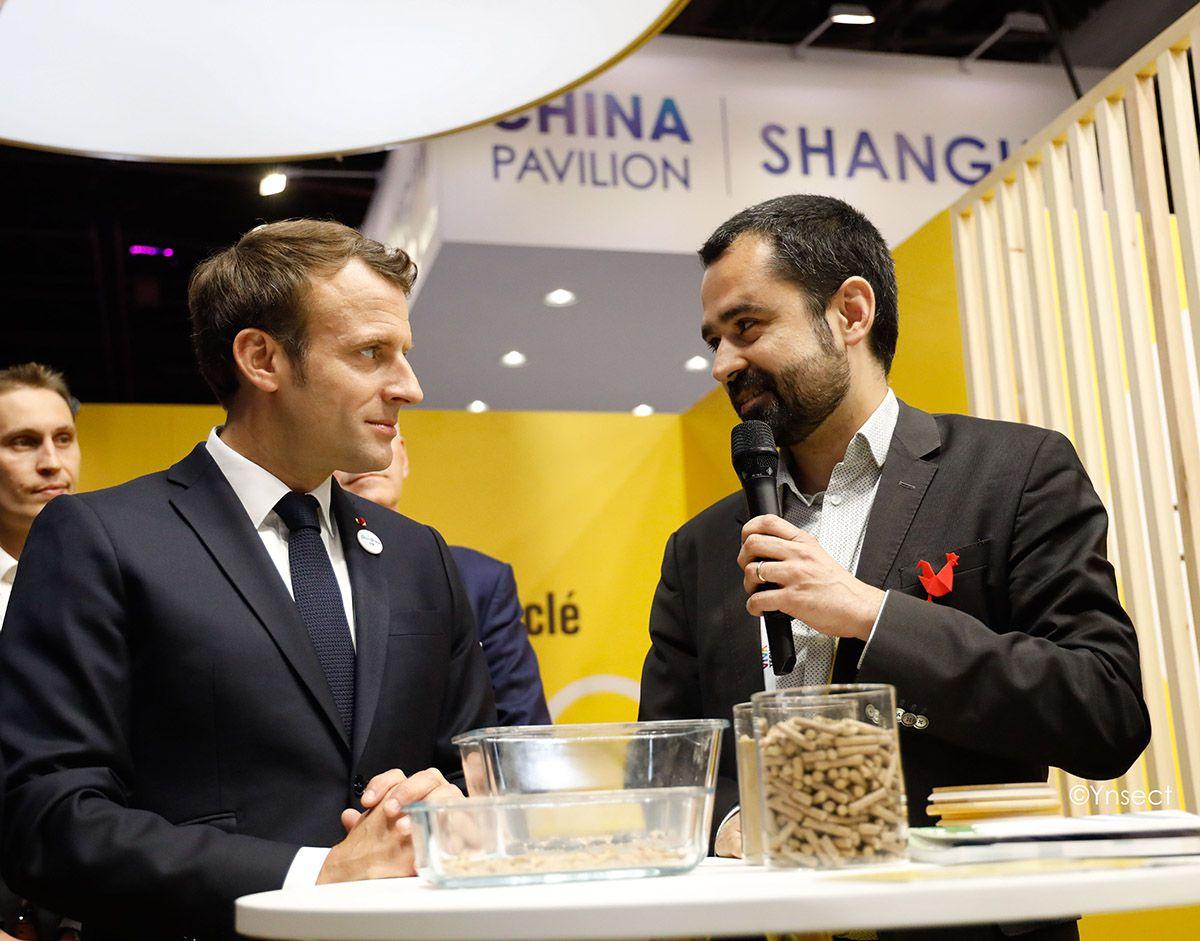 Antoine Hubert, cofondateur et président d'Ÿnsect, avec Emmanuel Macron.