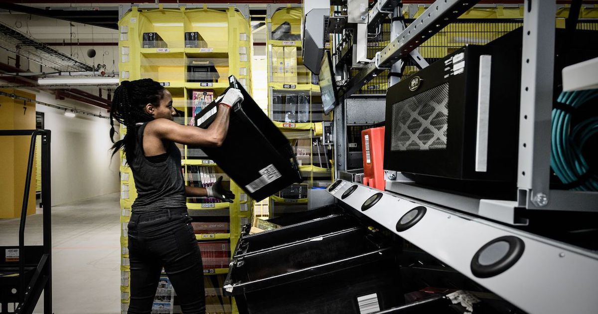 Amazon suspend les commandes non vitales en France et en Italie