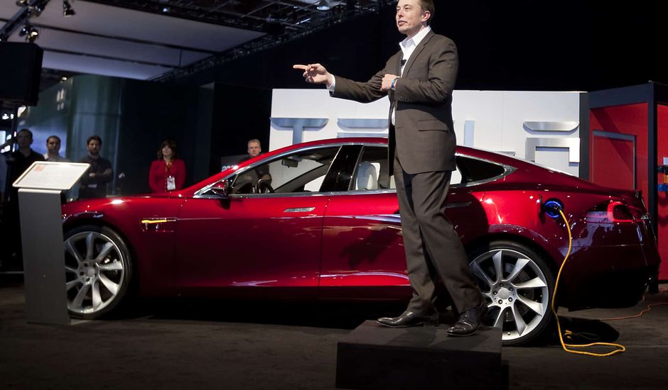 Tesla Elon Musk batteries distance